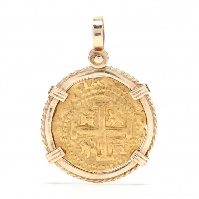 gold-replica-coin-pendant