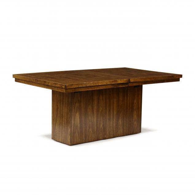mid-century-dining-table-with-two-leaves