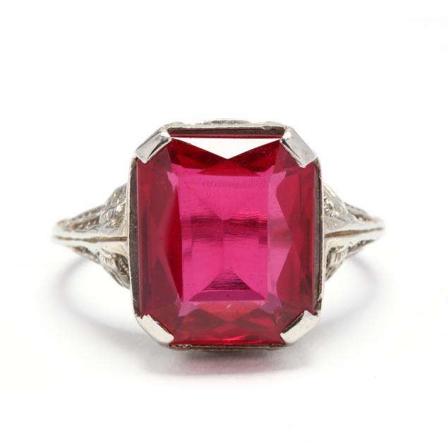 18kt-white-gold-and-synthetic-ruby-ring
