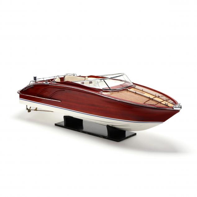 rivarama-classic-model-speed-boat