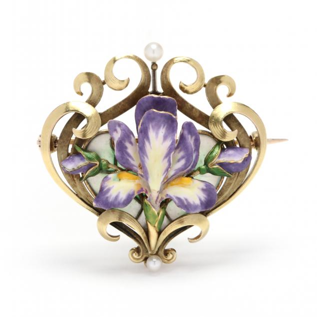 gold-and-enamel-brooch