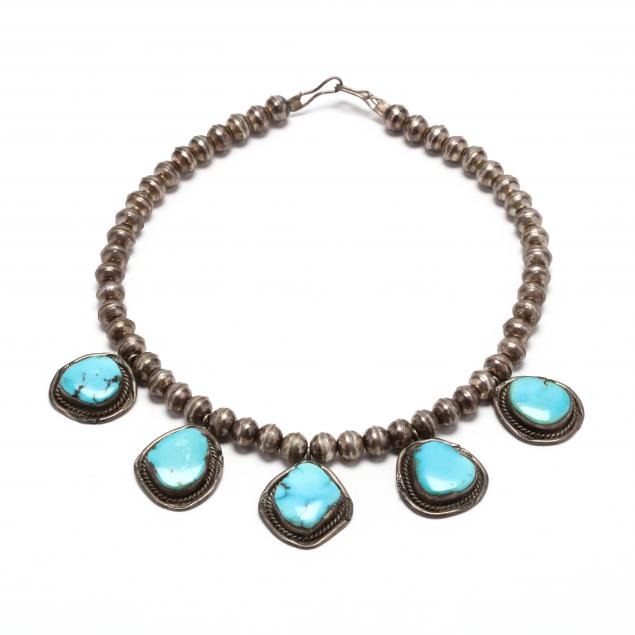 silver-and-turquoise-necklace