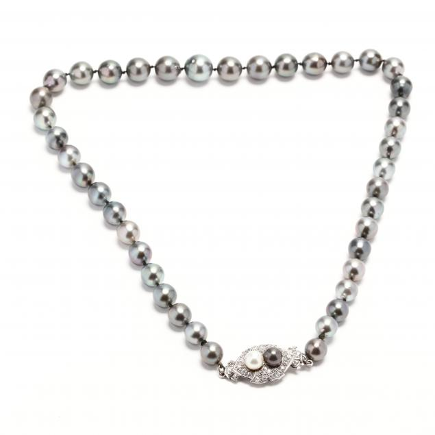 tahitian-pearl-necklace-with-platinum-diamond-and-pearl-clasp
