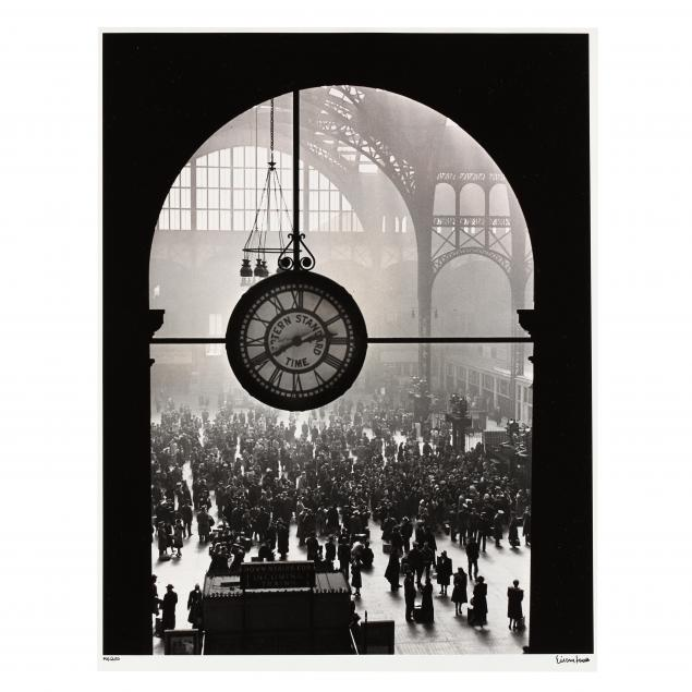 alfred-eisenstaedt-american-german-1898-1995-i-farewell-of-servicemen-penn-station-new-york-city-1943-i