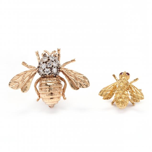 two-gold-bee-brooches