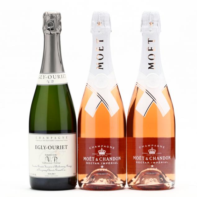 a-sumptuous-selection-of-champagne