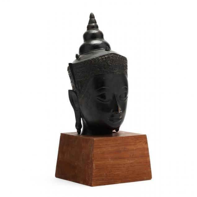 a-cambodian-bronze-buddha-head