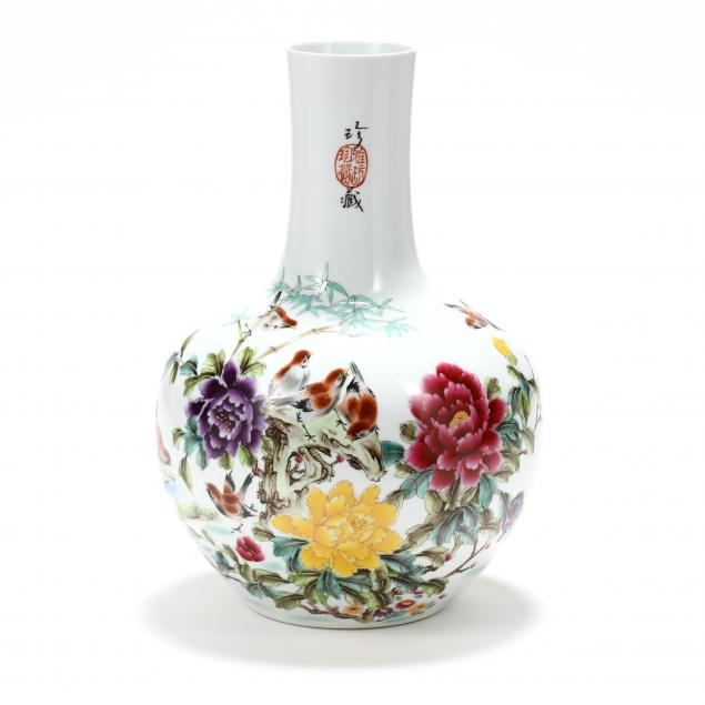 a-chinese-porcelain-vase-with-birds-and-flowers
