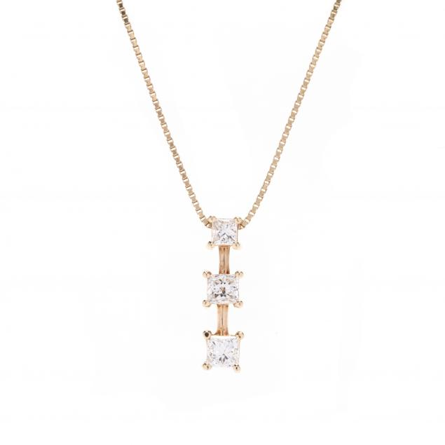 14kt-gold-and-princess-cut-diamond-pendant-necklace