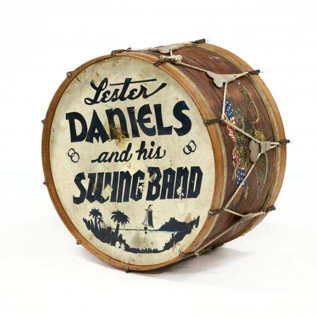 vintage-bass-drum-with-band-name