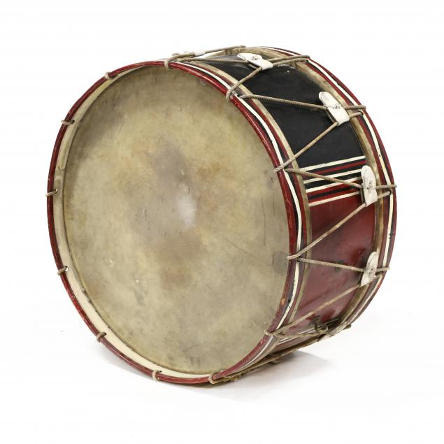 vintage-marching-bass-drum