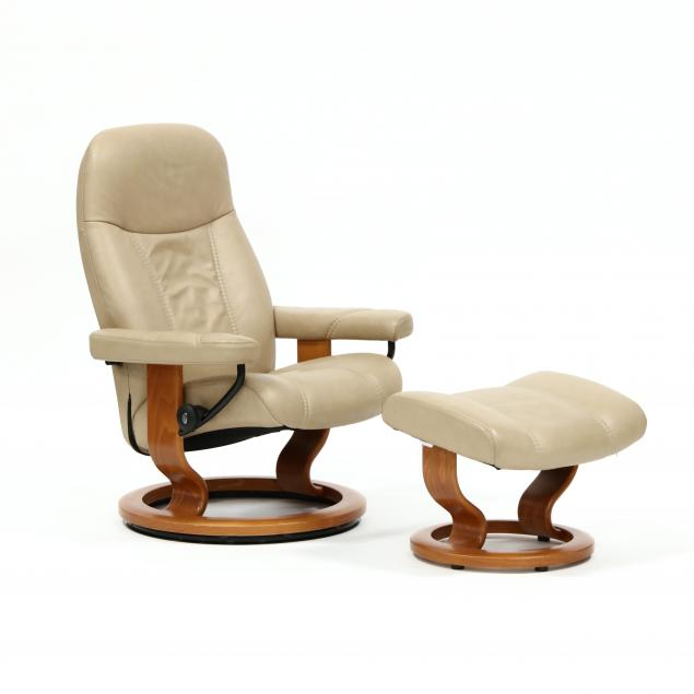 ekornes-stressless-leather-lounge-chair-and-ottoman