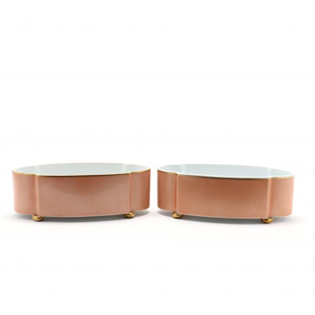a-pair-of-vista-alegre-bowls-for-mottahedeh