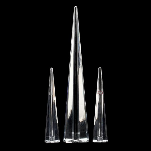 baccarat-three-crystal-obelisks