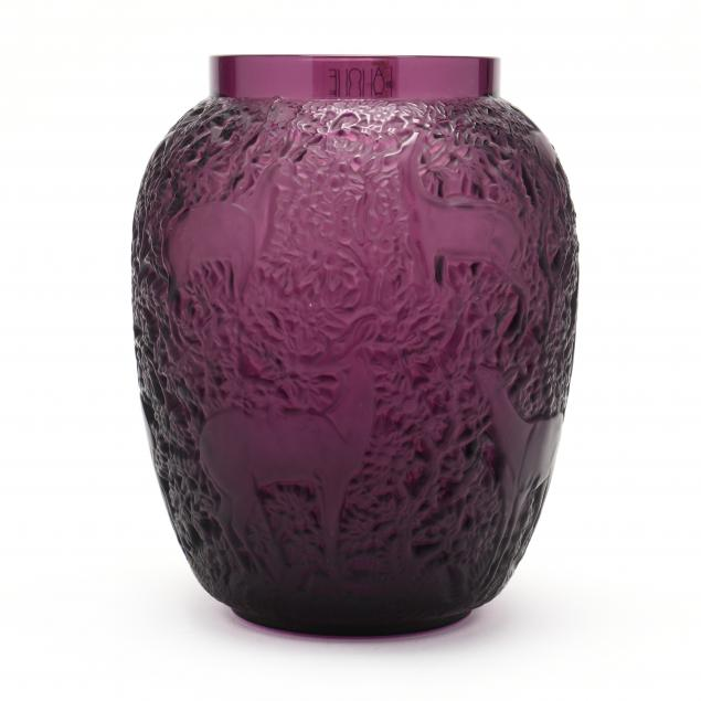 lalique-i-biches-i-glass-vase-in-amethyst