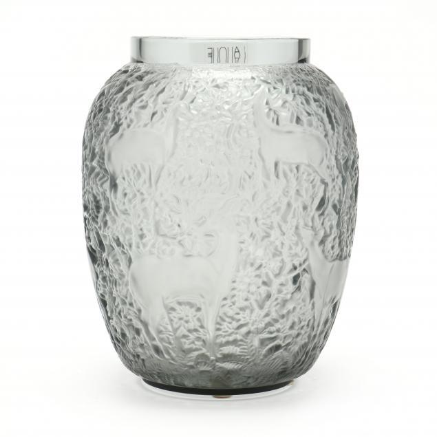 lalique-smoky-glass-i-biches-i-vase