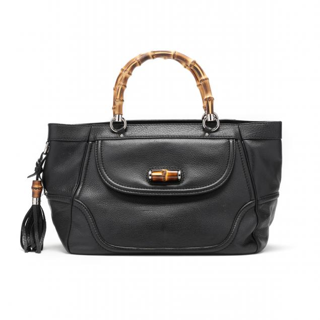 a-large-black-tote-gucci