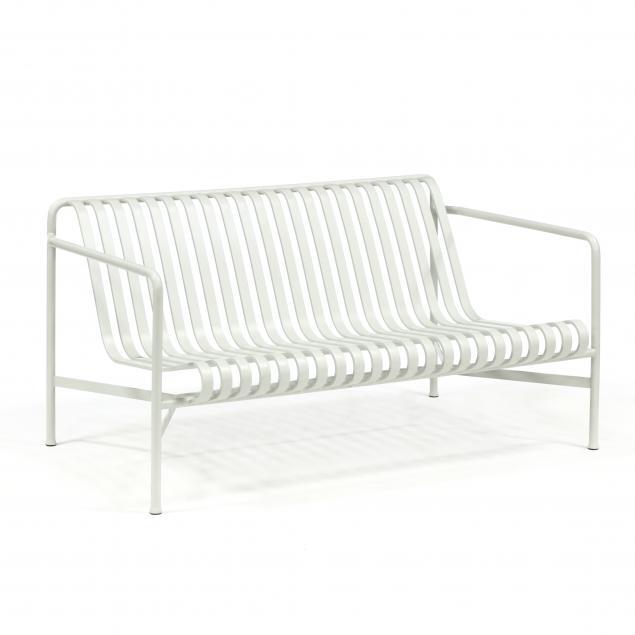 hay-i-palissades-i-iron-garden-bench