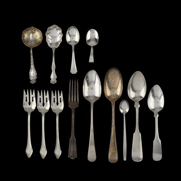 grouping-of-assorted-sterling-silver-flatware