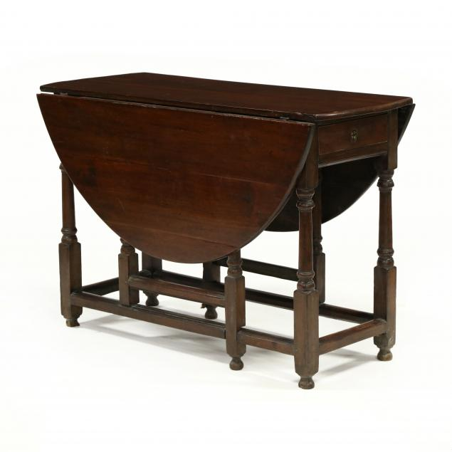 william-and-mary-walnut-dropleaf-table