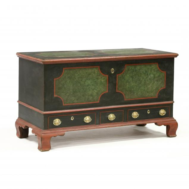 pennsylvania-dutch-style-bench-made-painted-blanket-chest