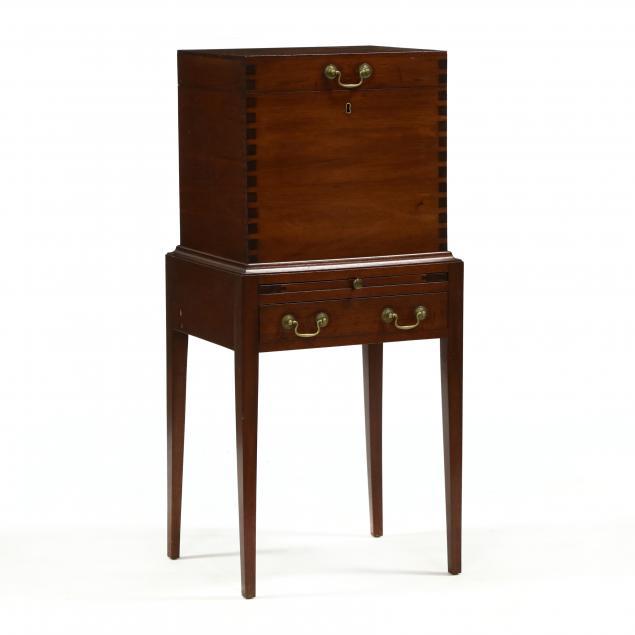 custom-federal-style-mahogany-cellaret
