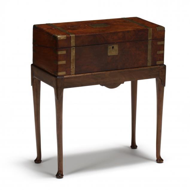 antique-burlwood-and-brass-lapdesk