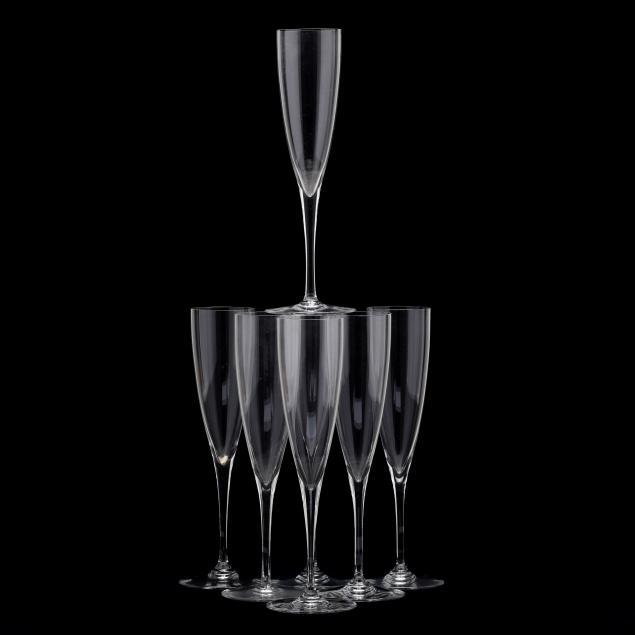 seven-baccarat-i-dom-perignon-i-champagne-flutes