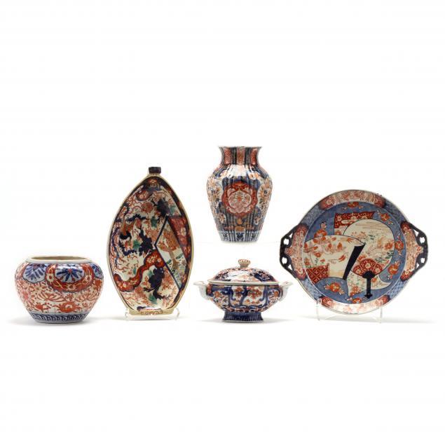 a-group-of-five-japanese-imari-porcelain