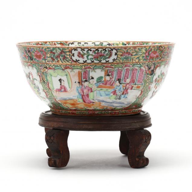 a-chinese-export-porcelain-rose-medallion-center-bowl