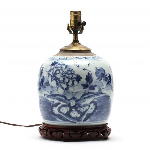 a-chinese-blue-and-white-porcelain-ginger-jar-lamp