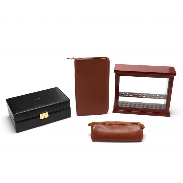 four-writing-instrument-display-carrying-cases