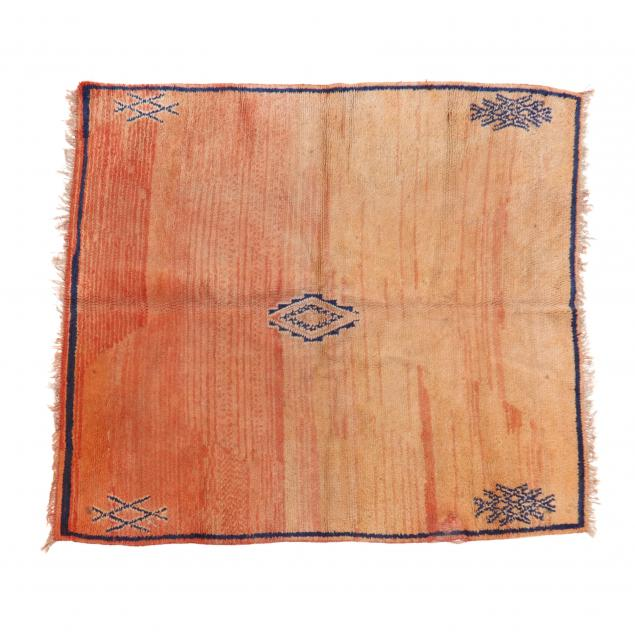 hand-tied-area-rug