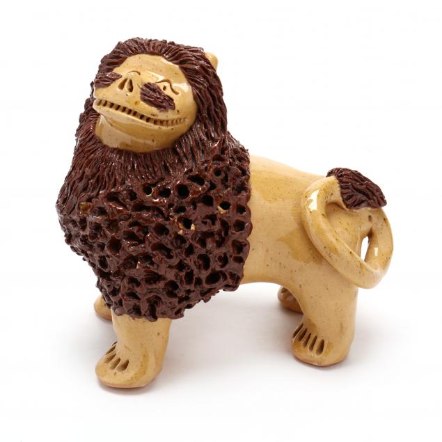 nc-folk-pottery-billy-ray-hussey-lion-with-turned-head