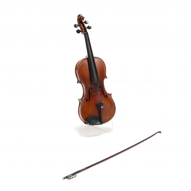 vintage-4-4-violin-with-r-werner-bow