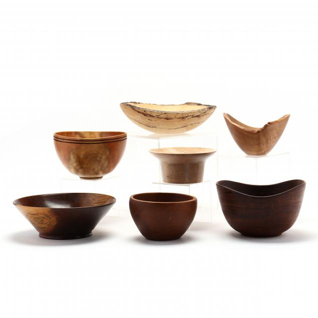 grouping-of-seven-turned-wood-bowls