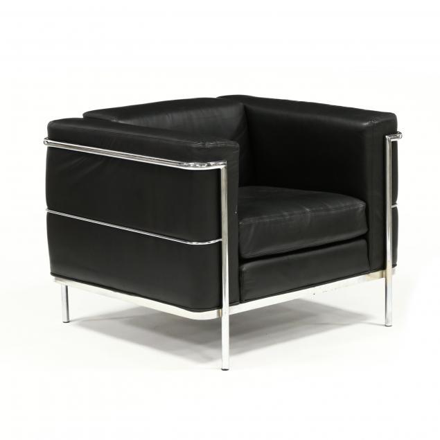 lc2-black-leather-club-chair
