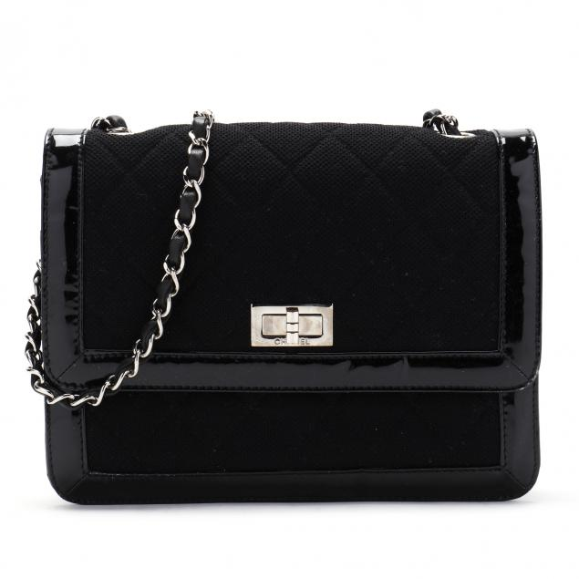 vintage-shoulder-flap-bag-chanel