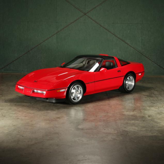 very-special-1990-chevrolet-corvette-zr1