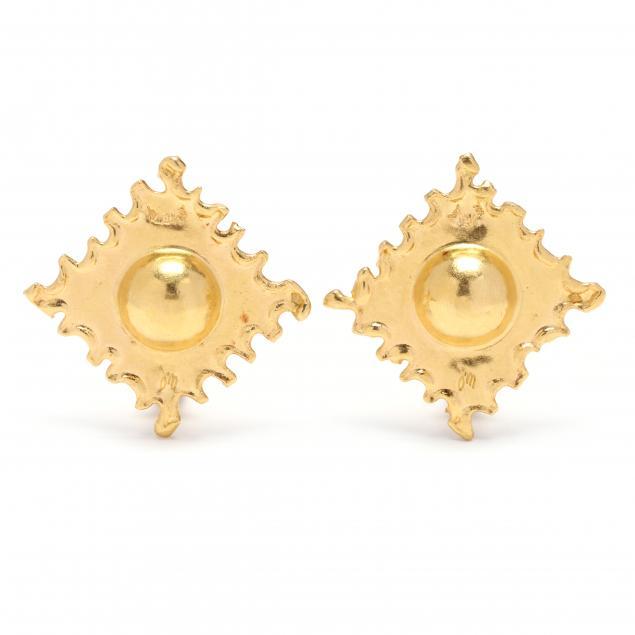 22kt-18kt-gold-earrings-jean-mahie