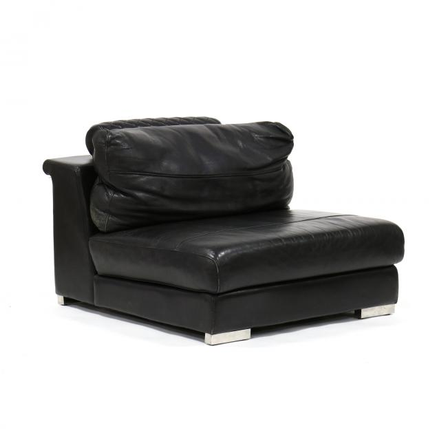 coutoure-international-leather-club-chair