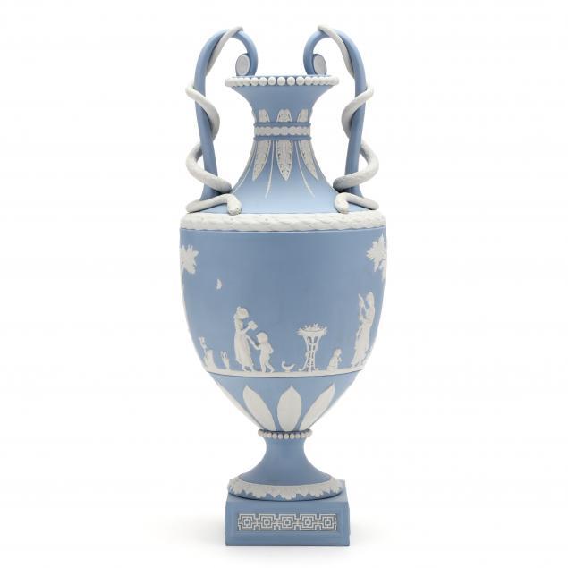 wedgwood-snake-handled-vase-20th-century-limited-edition