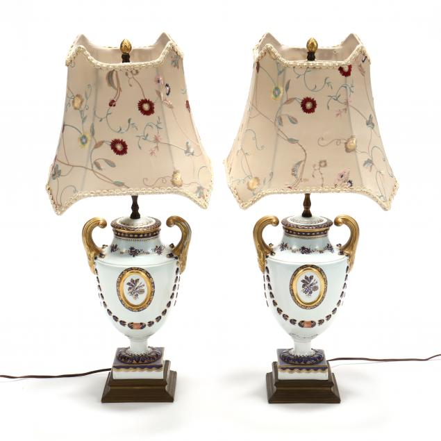 a-pair-of-chinese-export-style-porcelain-table-lamps