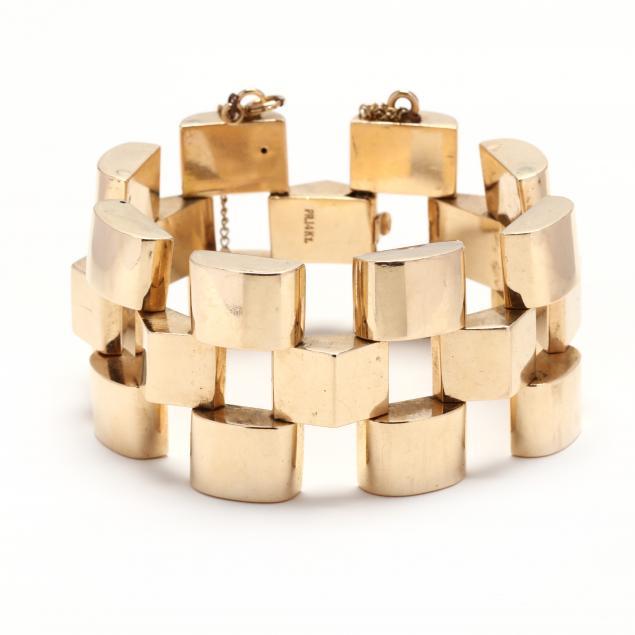 a-wide-retro-14kt-gold-bracelet