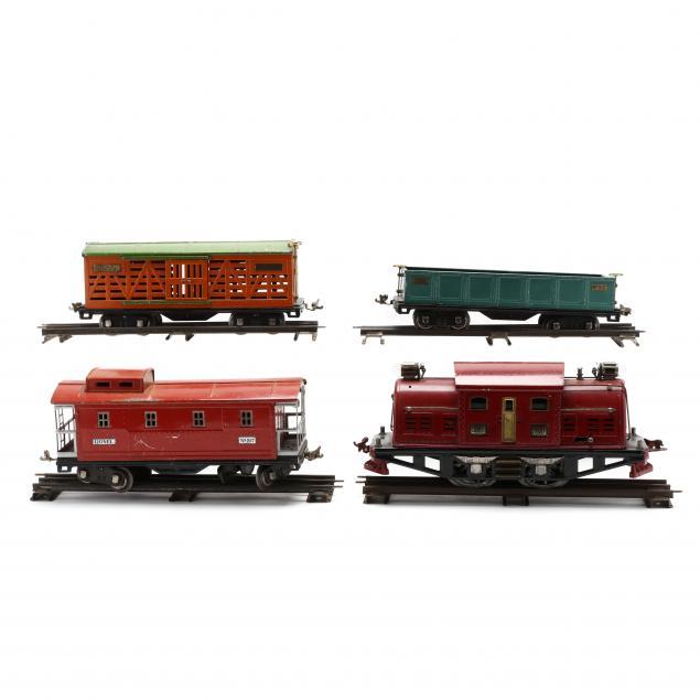 vintage-lionel-locomotive-380-with-three-cars