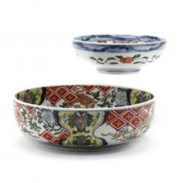 two-japanese-imari-porcelain-bowls