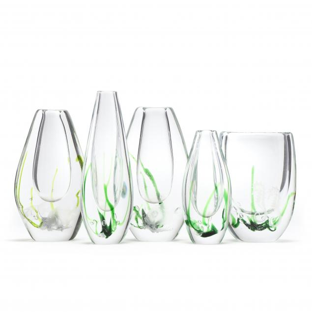 vicke-lindstrand-swedish-1904-1983-five-i-seaweed-i-glass-vases-for-kosta