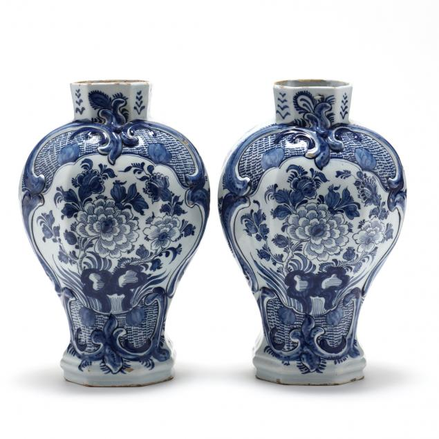 a-pair-of-delft-blue-and-white-mantel-vases-i-de-porseleine-schotel-i