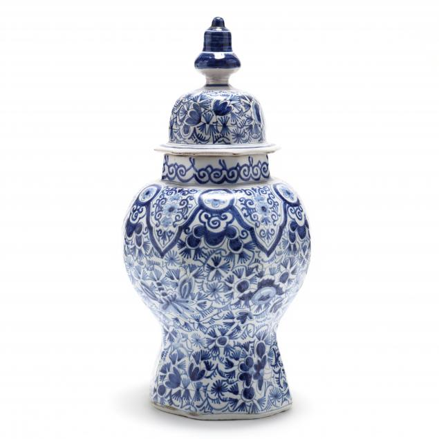 a-delft-blue-and-white-covered-mantel-vase-i-de-klaauw-i-factory