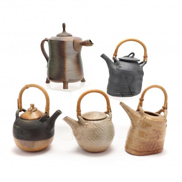 five-studio-pottery-teapots-including-annie-lutter